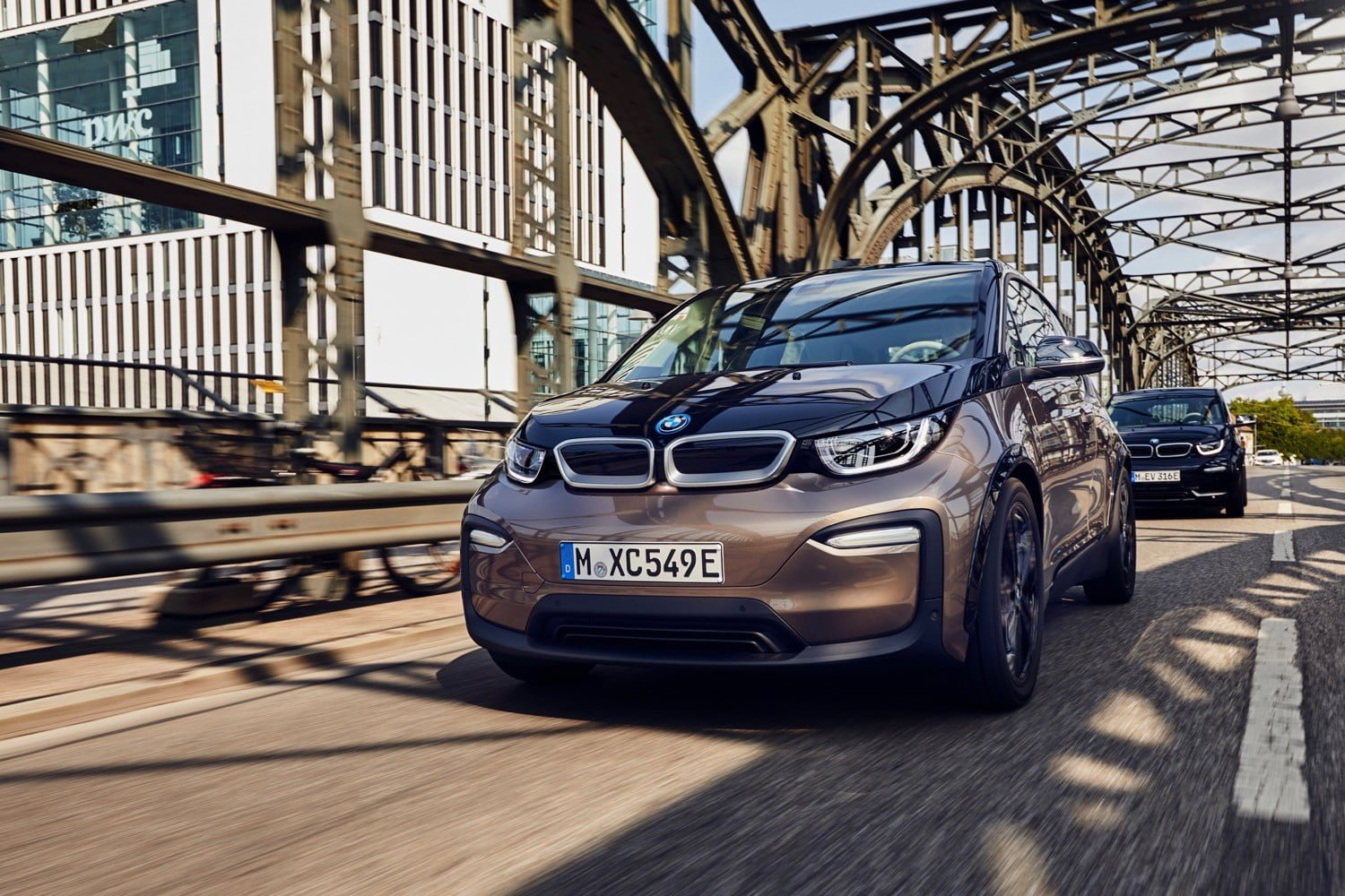 2019 Bmw I3 Electric Car Gets A Bigger Battery Pack Range Boost
